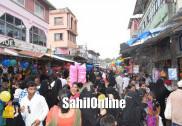 عید الفطر کے پیش نظر بھٹکل رمضان بازار میں عوام کا ہجوم؛ پاس پڑوس کے علاقوں کے لوگوں کی بھی خاصی بڑی تعداد خریداری میں مصروف