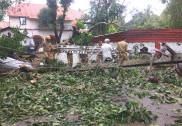 کاروار میں زوردار بارش کے نتیجے میں دو سرکاری عمارتوں اور نو دیگر مکانوں کو نقصان؛ اُترکنڑا میں بارش کا زور ہوا کم