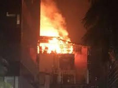 ممبئی: ایک کثیر منزلہ عمارت میں آتشزدگی ،کوئی جانی نقصان نہیں