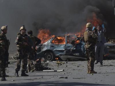 کابل میں سرکاری عمارت کے قریب خود کش حملہ، 13 افراد ہلاک