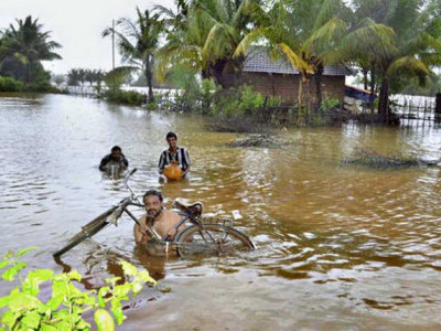 30 houses flooded in Kharviwada village Ankola