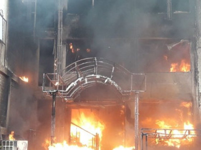 ہوٹل ویراٹ انٹر نیشنل میں آتشرزدگی ، 5ہلاک کئی جھلس کر شدید زخمی