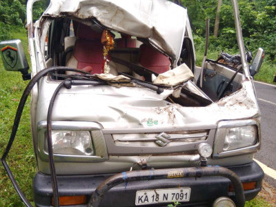 Puttur: Wild elephant attacks Car on highway; 7 hurt, 1 serious