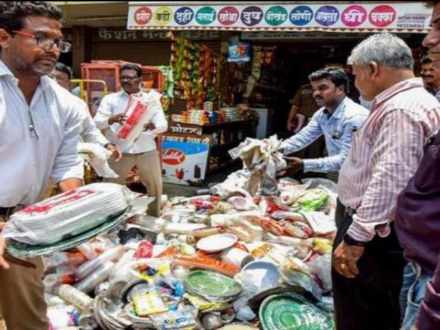 ಮಹಾರಾಷ್ಟ್ರದಲ್ಲಿ ಪ್ಲಾಸ್ಟಿಕ್ ನಿಷೇಧದಿಂದಾಗಿ 15,000 ಕೋ.ರೂ.ನಷ್ಟ-ಭಾರತೀಯ ಪ್ಲಾಸ್ಟಿಕ್ ಬ್ಯಾಗ್ಗಳ ತಯಾರಕರ ಸಂಘ ಆತಂಕ