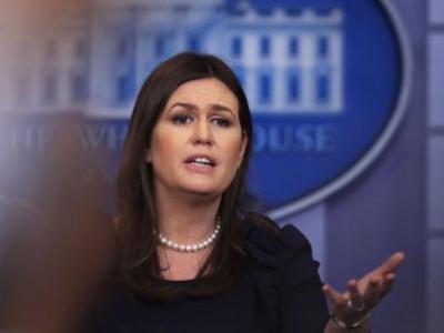 امریکہ : ٹرمپ کیلئے کام کرنے کی وجہ سے ریستوراں نے وہائٹ ہاوس پریس سکریٹری سارا سینڈرس کو نکالا باہر