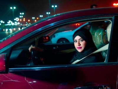 سعودی عرب میں خواتین کی ڈرائیونگ پر پابندی ختم