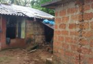 بھٹکل میں بجلی گرنے سے دو عورتوں کے کپڑوں میں لگ گئی آگ؛ دونوں زخمی؛ دو درختوں پر بھی گری بجلی