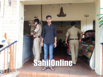 Rs 15 Lakh looted from a bus passenger in Ankola
