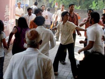 Mangaluru pub attack: Videos, photos of assault were not brought before court