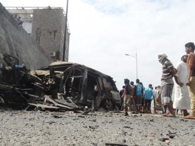 یمن : عدن میں کار بم دھماکا ، 10 افراد ہلاک اور متعدد زخمی