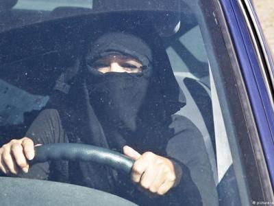 جرمنی، خواتین ڈرائیوروں کو چہرے کے پردے کی اجازت نہیں