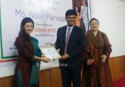 سعودی کی پہلی یوگا انسٹرکٹر نوف مروائی کو پدم شری ایوارڈ سے نوازنے پر جدہ میں انڈین کونسلیٹ جنرل کے ذریعے تہنیت
