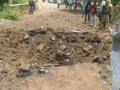 چھتیس گڑھ : دنتے واڑہ میں بڑا نکسلی حملہ ، آئی ای ڈی دھماکہ میں 6 جوان شہید ، ایک زخمی