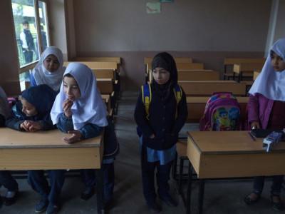 افغان صوبے فراہ میں لڑائی، تعلیمی ادارے بند، شہری فرار