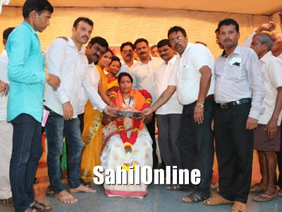 Newly elected Karwar MLA Roopali Naik felicitated by BJP party workers