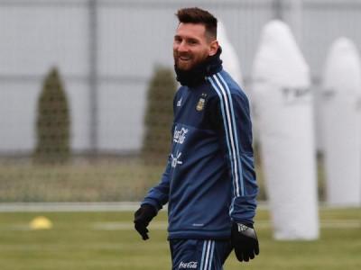 Lionel Messi wins fifth European Golden Shoe award