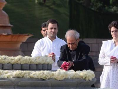 سونیا، راہل، مکھرجی، منموہن نے راجیو گاندھی کو خراج عقیدت پیش کیا