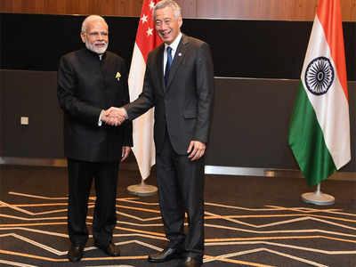 سنگاپور کے وزیراعظم لی سین لونگ سے وزیراعظم نریندر مودی کی ملاقات