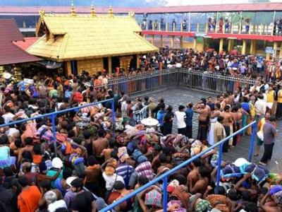 سبریمالا میں زائرین کاہجوم امڈا، ہڑتال سے عام زندگی متاثر