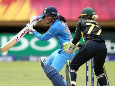 Women's World T20: Mandhana hits 83 to set up India's 48-run win over Australia