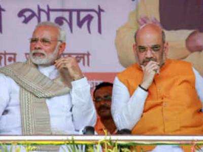 کیامودی اور امت شاہ سے ڈرتے ہیں دیوندرفڑنویس؟:شیوسیناکاسوال