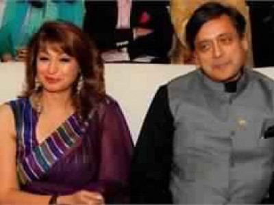 Court directs police to hand over documents to Tharoor in Pushkar death case