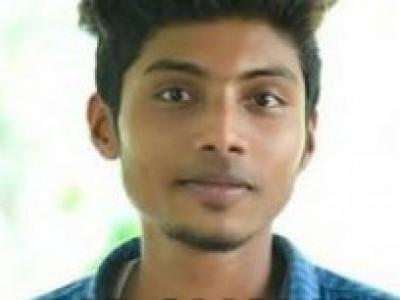 موڈبیدری:بائک پھسل جانے سے سڑک پر گرنے والے طالب علم کو بس نے کچل دیا
