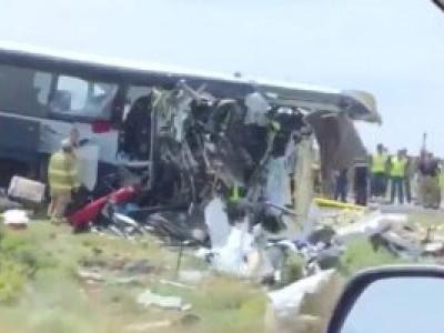 تمل ناڈو میں بس، ٹرک کے تصادم میں چار افراد ہلاک
