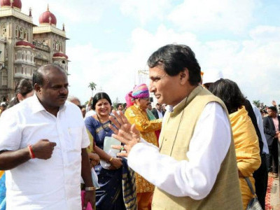 Karnataka to give land for new airport at Mysuru: Prabhu
