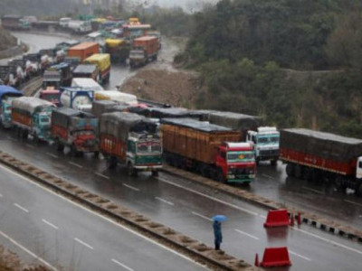 جموں سری نگر قومی شاہراہ پر آمدورفت کے لیے بحال