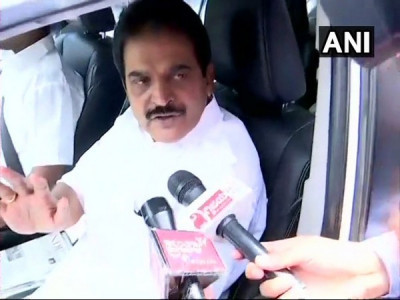 Differences between Jarkiholi brothers will be settled: Venugopal