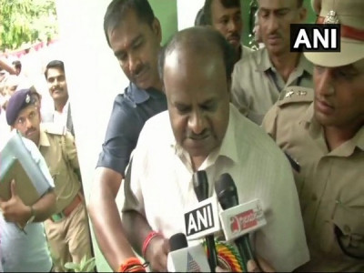 Relief for Karnataka: Kumaraswamy cuts petrol, diesel prices by Rs 2/ litre