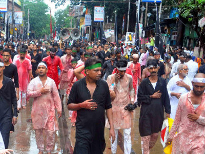 دہلی اور لکھنو سمیت  پورےملک میں آج یوم عاشورہ عقیدت و احترام کے ساتھ منایا جارہا ہے