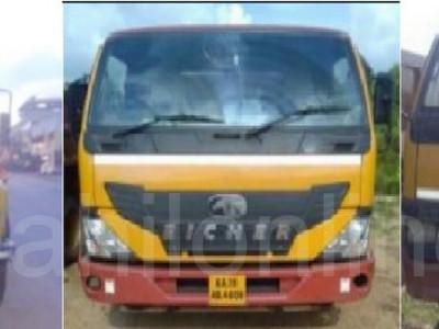 منگلورمیں  سواریوں کی تلاشی کے دوران غیر قانونی ریت سپلائی کرنے والی ٹپر لاریاں ضبط