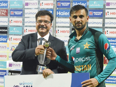 Malik's unbeaten fifty saves Pakistan blushes against Afghanistan