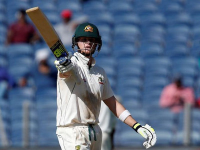 Steve Smith makes smashing Australia comeback