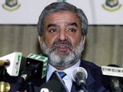 PCB chief Ehsan Mani wants ICC to pursue India on bilateral playing ties