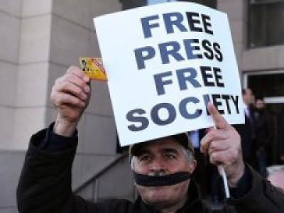 صحافیوں پر بڑھتے  حملوں پرسخت تشویش؛ نئی دہلی میں منعقدہ دو روزہ کانفرنس میں تیس سے زائدتنظیموں کی شرکت