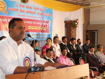Govt working towards welfare of staff: Khader