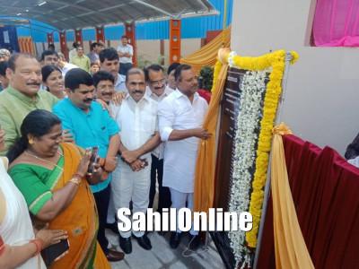 Urban Development and Housing Minister U T Khader inaugurated the renovated Mangala swimming pool in Mangaluru