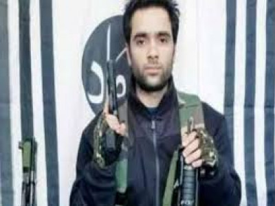 Pulwama attack: Student pays tribute to terrorist Aadil Ahmed, FIR lodged