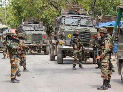 Army major two Jaish militants among seven killed in Pulwama encounter