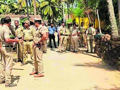 Excise, police staff raid Gabitwada village near Karwar