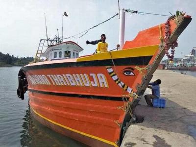 ملپے سے گم شدہ ماہی گیر کشتی معاملہ میں نیا موڑ: نیوی کے افسران نے مانا کہ جنگی جہاز سے ہواتھا کشتی کا تصادم