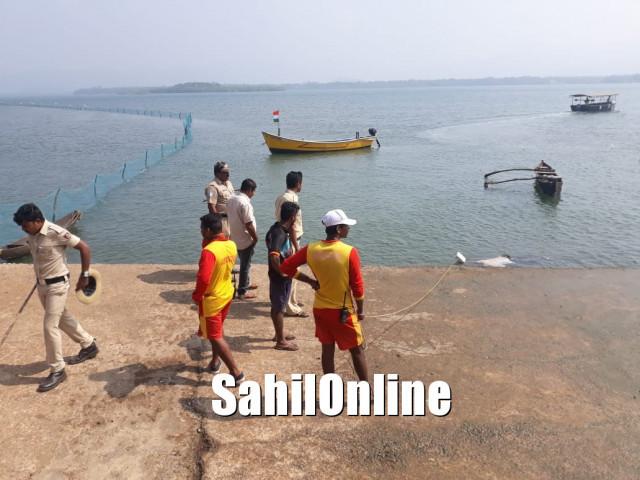 کاروار بحر عرب میں کشتی اُلٹنے کا معاملہ؛ مرنے والوں کی تعداد بڑھ کرہوگئی 16، اب تک 14 نعشیں برآمد