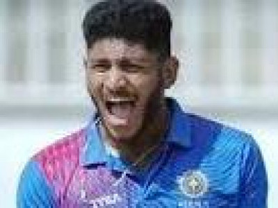 Very challenging to bowl in IPL: Basil Thampi