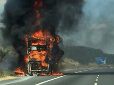 26 charred to death in China as tour bus catches fire