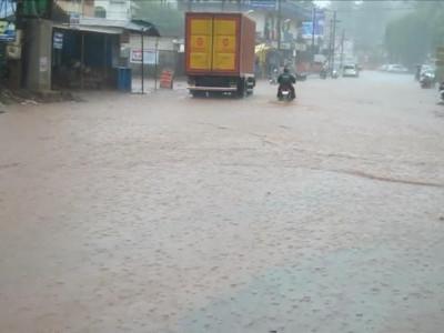 سرسی ،منڈگوڈ سمیت اترکنڑا ضلع کے مختلف مقامات پر بارش : عوام کو گرمی سے تھوڑی سی راحت