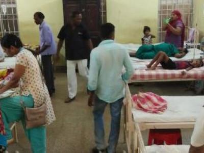 کنداپورمیں  آئس کریم کھانے سے 30بچے بیمار؛ بڑی عمر کی خواتین بھی متاثر