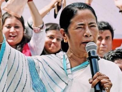 ''بی جے پی میں ہمت ہے تو مجھے گرفتار کر کے دکھائے'': ممتا بنرجی